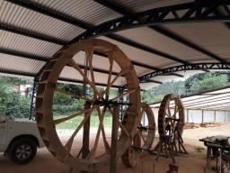 Rodas Dagua de madeira de pequi
