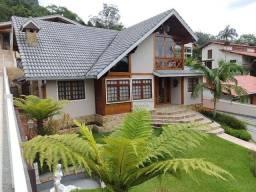 Belíssima Propriedade à venda, 228 m² por R$ 2.900.000 - Carlos Guinle - Teresópolis/RJ