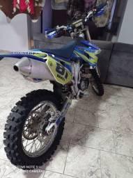 Moto wr 250 f