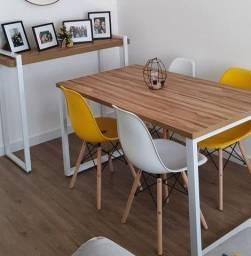 Mesa de jantar com aparador
