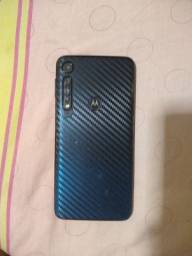 Motorola (moto one macro)