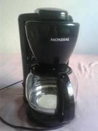 Cafeteira Mondial Preta Usada