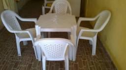 6 jogos de mesas plasticas pra bar