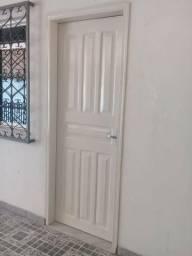 1 dormitório, Avenida São Jorge. (Área militar)