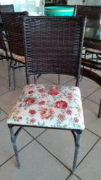 Cadeira Lorena Parreira 10 X $ 29,90