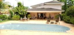 Casa em Condomínio com 4 suítes e ótima área de lazer á venda no Aldeia do Vale
