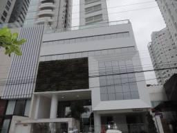 Apartamento com ótima Localização, Frente Mar, c/ 3 suítes sendo 1 suíte master