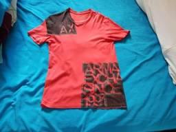 Camisas da Armani e american Eagle