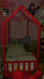 Cama de casinha rosa