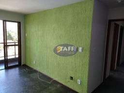 Apartamento com 3 dormitórios para alugar, 105 m² por R$ 2.000,00/mês - Vila Nova - Cabo F