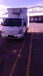 HR Hyundai com baú termico com serviço agregada