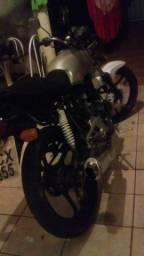 Vendo moto 1600 top