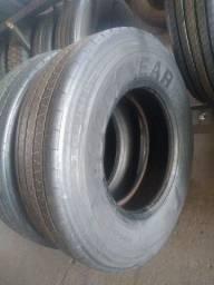 vende- se pneus e bandas de Rodagem