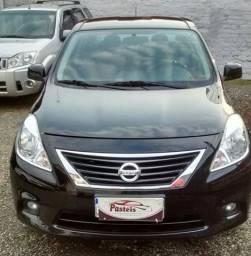 Nissan Versa 1.6 SL Flex