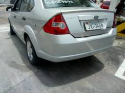 Fiesta sedan Super Conservado Ano 2005