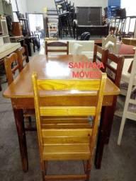 Jogo mesa em madeira c/ 6 cadeiras agulhadas. 1,40 x 0,80 L