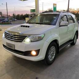 Toyota Hilux 2013 SW4 BLINDADA