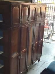 Guarda roupas 5 portas com maleiro separado