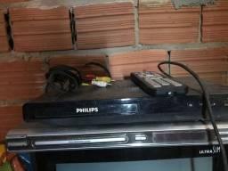 Vendo 2 aparelhos de dvd da marca Philips