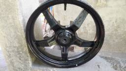Citycom  300 roda dianteira