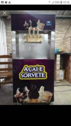 Vendo máquina de sorvete italianinha pego veículos
