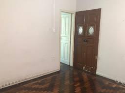 Apartamento no Catete para aluguel, são 2 quartos