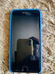 IPhone 8 Plus 3.000 reais