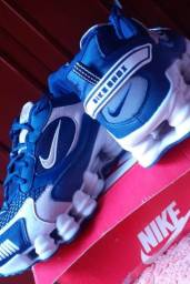 Vendo Tênis Nike 12 Molas