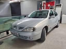 Megane 2001 9.990 reais