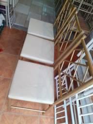 3 cadeiras reforçada semi nova imperdível ___ entrega grátis