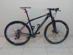 Vendo Bike aro 29, kit Slx, suspensão a ar, roda Everest