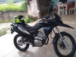 Vendo xre 300 2015
