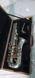 Saxofone alto toppp