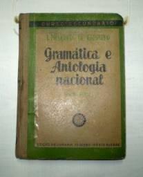 Livro antigo de gramática portuguesa.- 348 -