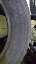 Jogo de pneu semi novos