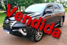 Toyota Hilux SW4 SRX 4x4 Automática - 7 Lugares - 2019 - 30.000 KM