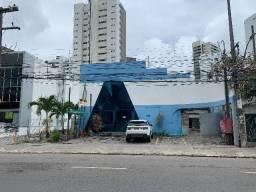 Casa de 575 mts2 na Rua Barão de Souza Leão ,excelente localização comercial