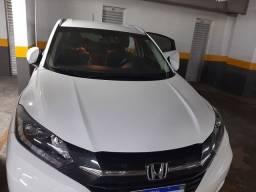 HR-V Touring 2018 com 33.000 km rodados.