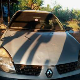 Renault Clio top
