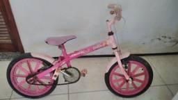 Bicicleta da Barbie semi nova