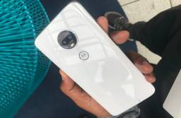 Moto G7 Plus ( parou de carregar)
