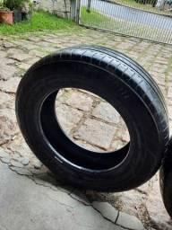 Vendo 3 pneus usados
