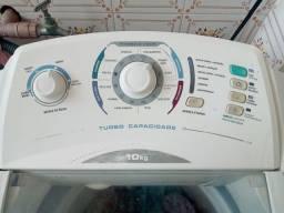 Máquina eletrolux 10 Kg 400,00