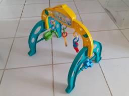 Móbile infantil - atividade motora - perfeito estado