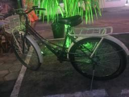 Bicicleta modelo Gilmex Retrô marrom com bege, super nova
