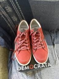 Sapatênis Democrata