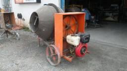 Betoneira 400L á combustão diesel-excelente estado-Florianópolis-Palhoça-São José-Biguaçu