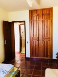 Apartamento Duplex 5 Quartos Á Venda - Frente Mar- Centro Guarapari-ES.