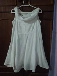 Vestido branco, curto, tamanho P