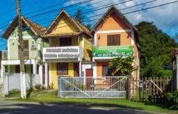 Casa com 2 dormitórios à venda, 55 m² por R$ 275.000,00 - Penedo - Itatiaia/RJ